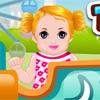 Baby im Themenpark Spiel